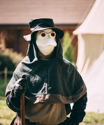 Lice and Fleas Spread Black Plague